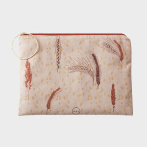 Clutches-polyester-handmade-limitededition-accessories-patterns-peloponnesecollection-elis -mketextiles